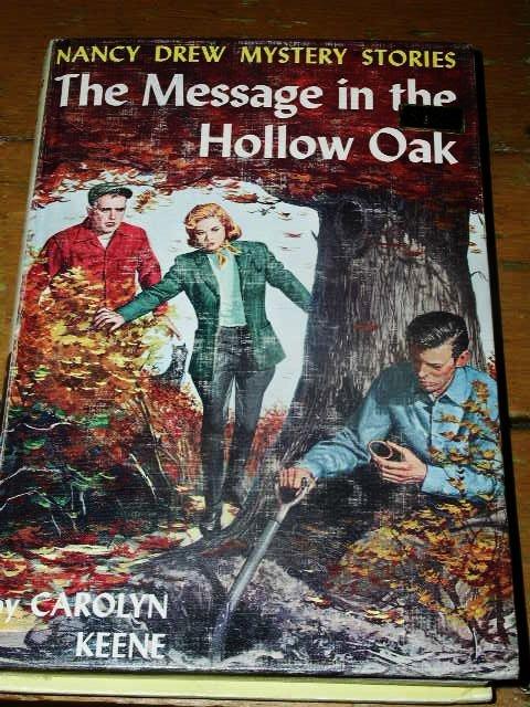 Nancy Drew,  Message in the Hollow Oak  Book