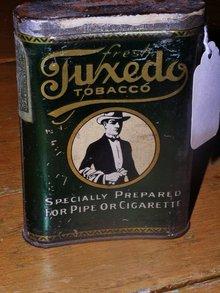Tuxedo Tobacco Pocket Tin