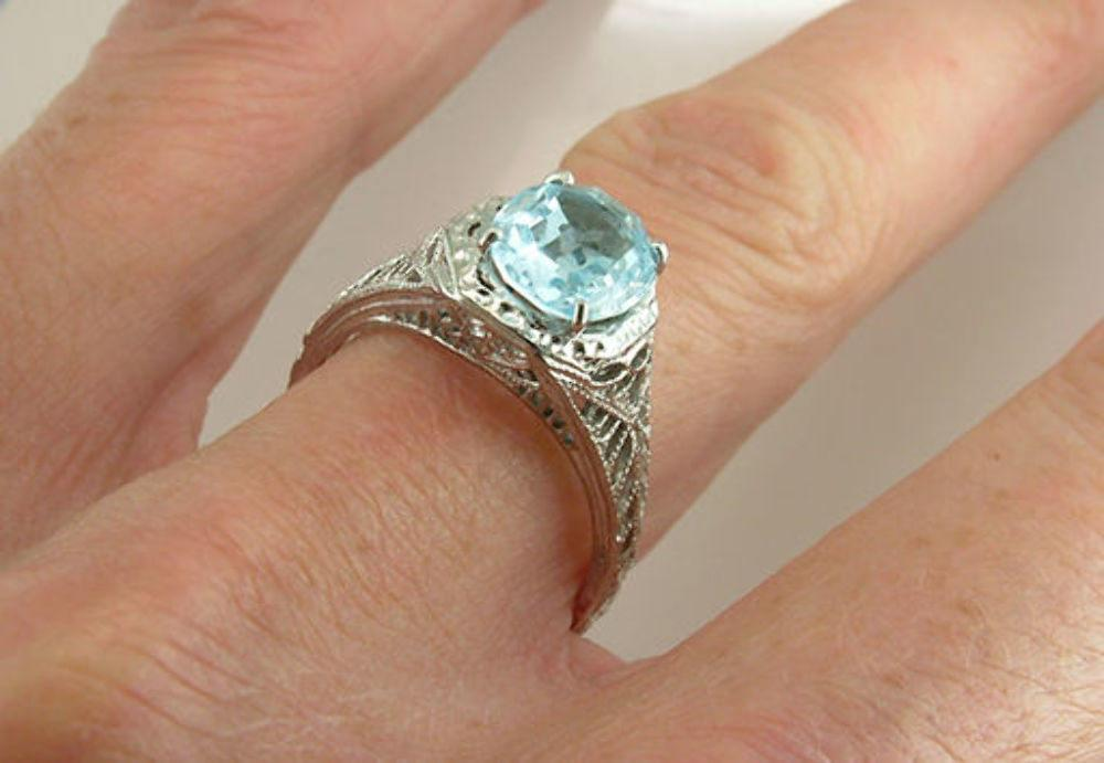 Vintage 1.90ct Aquamarine 18K White Gold Retro Engagement/Cocktail Ring