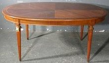 GREAT OVAL FRENCH INLAID WALNUT DINING BREAKFAST TABLE