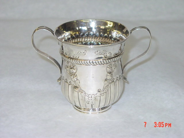 Antique porringer George III London 1764