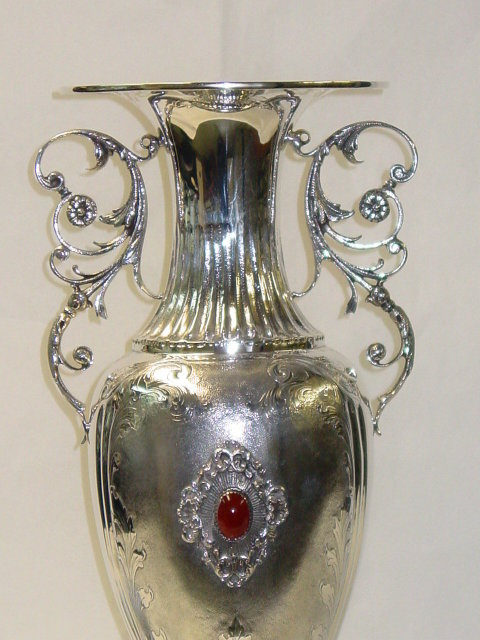 Baroque egg shaped vase Italian 1950
