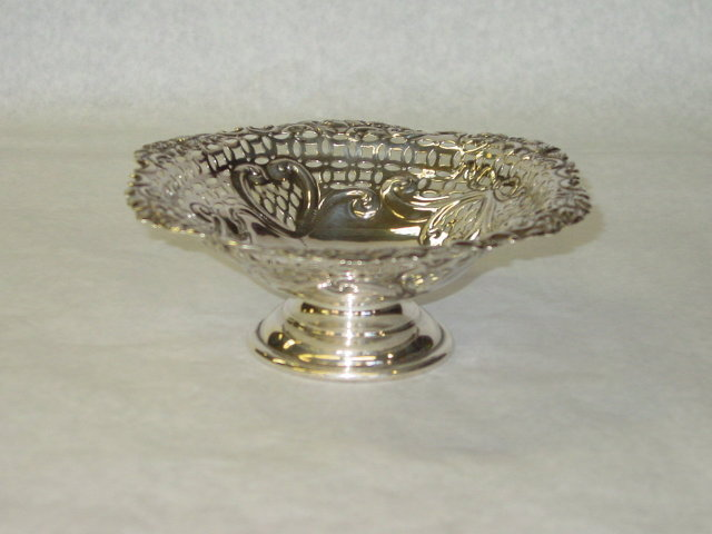 Antique pierced basket Birmingham 1899