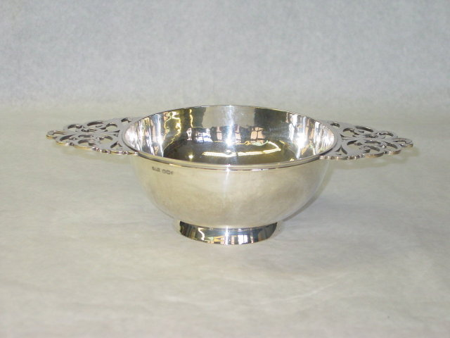 Antique porringer Sheffield 1896