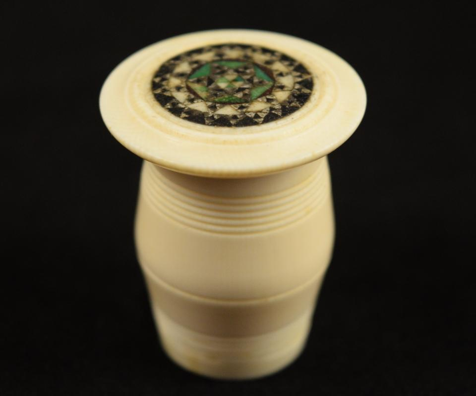 Antique Pre-Ban Ivory Sewing Collectible - Thread Holder Ornate Top
