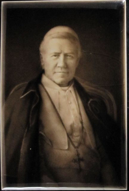 Antique English Portrait Tile -- Pope Pius X