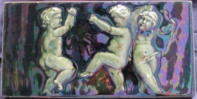 Antique American Portrait Tile - Cherubs from Cambridge