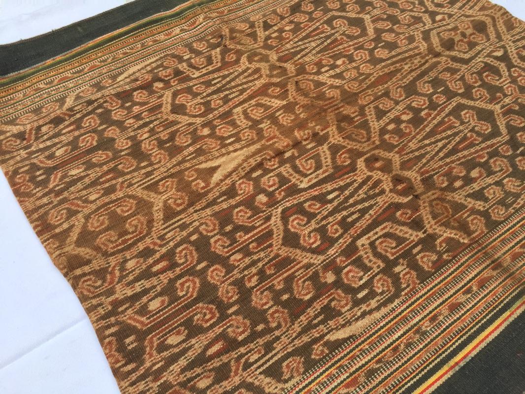 RARE BUAH LANG HAWK PATTERN Ikat Bidan Ritual SKIRT SARONG LADIES GARMENT #98