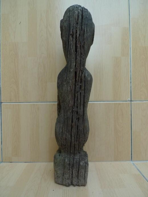 JUST FOUND LUBOK BRUTAN BORNEO 420mm WEATHERED STATUE Antique Dayak Sculpture