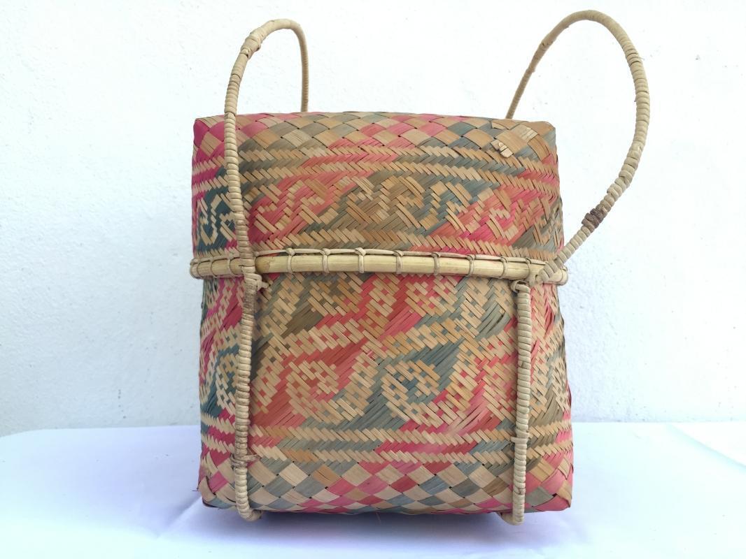TRADITIONAL DAYAK HANDBAG BAG Weaving Woven Weave From Natural Rattan TREE SKIN