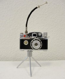 Photo-Flash Camera Table Lighter