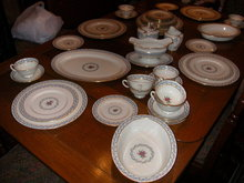 Lenox Fairmount Dinner Service For 8 With Serving Pieces-47 Pieces.