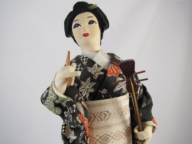 Vintage mid century silk cloth Japanese Geisha doll / 11 inch / Asian / Oriental / Japan / lute / obi / kimono / figurine