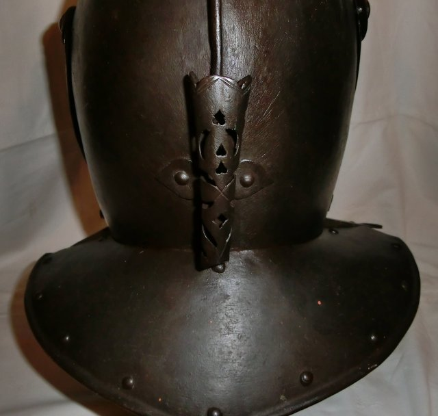A german cuirasseur helmet probably Brunswick circa 1620 - SOLD -