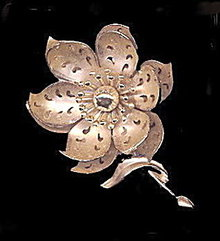 "Lovely Coro 3"" Goldtone Flower Brooch"