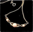 Lovely Goldtone with Pink Center Avon Necklace