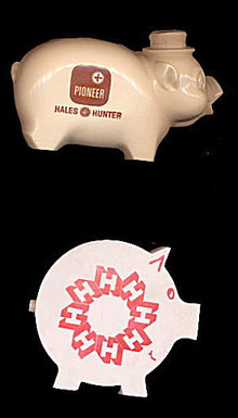 2 Hales & Hunter (Seed) Advertising Banks - Vintage