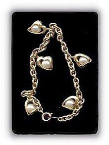 Lovely Hearts Dangle Goldtone w Faux Pearl Bracelet
