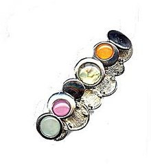 Lovely Circle with Glass Link Bracelet