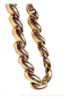 Lovely Vintage Goldtone Oval Bracelet