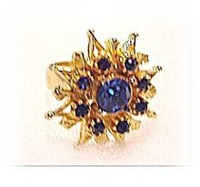 Lovely Flower Blue Glass & Goldtone Ring