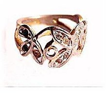 10kt HGE with Rhinestones Swirl Ladies Ring
