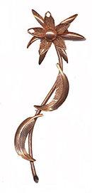 """Lovely 4 1/2"""" Copper Flower Brooch - Vintage"""