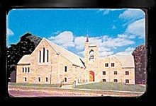 Niles, MI, 1st  United Brethren Church 1950s Postcard