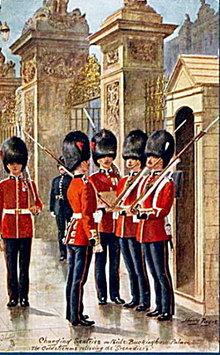 Tucks 1907 Changing Sentries Military in London Postcar