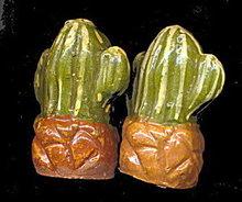1950s Cacti (Cactus) Mexico Souvenir Salt & Pepper