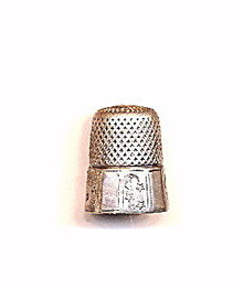 Sterling  Waite Thresher Co. Moon/Stars Thimble