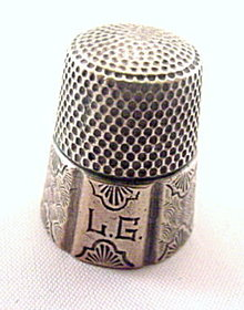 Simons Sterling Silver Paneled Vintage Thimble
