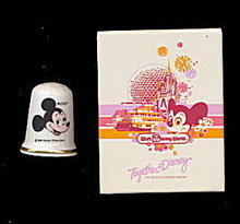 1986 Walt Disney Mickey Mouse Thimble in Box