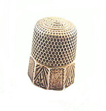 Simons Sterling Silver Upside Heart Panel Thimble
