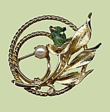 1970s Sarah Coventry 'Jade Garden' Brooch