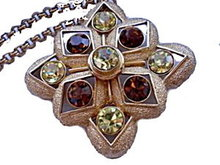 "1975 Sarah Coventry ""Starburst"" Necklace"