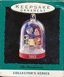 "Hallmark ""The Bearymores"" 1993 Ornament"