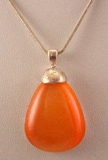 Vintage Peach Glass Stone Drop Pendant Necklace