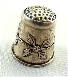 Taxco Mexico Sterling Silver Leaf Design Thimble