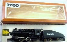 TYCO HO 24 Santa Fe Locomotive & Tender in Box