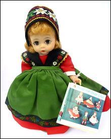 Madame Alexander #529 Sweden Doll