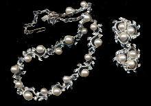 1950s Park Lane Silvertone Necklace & Earrings Set