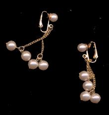 1959 Sarah Coventry Faux Pearl Drop Earrings