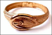 Avon Goldtone Belt Bangle Vintage Bracelet