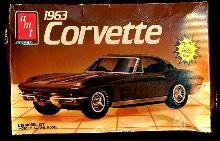 AMT 1986 1963 Corvette Model Kit