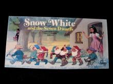 1977 Cadaco Snow White & the Seven Dwarfs Game