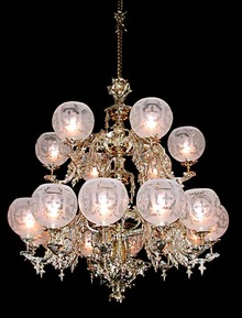 55.5555 Elegant 18-Light Two-Tier Gasoiler Chandelier.