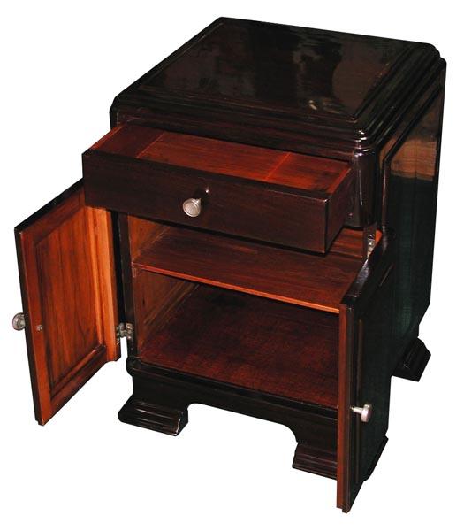 53.6112 Pair of Rosewood Art Deco Nightstands