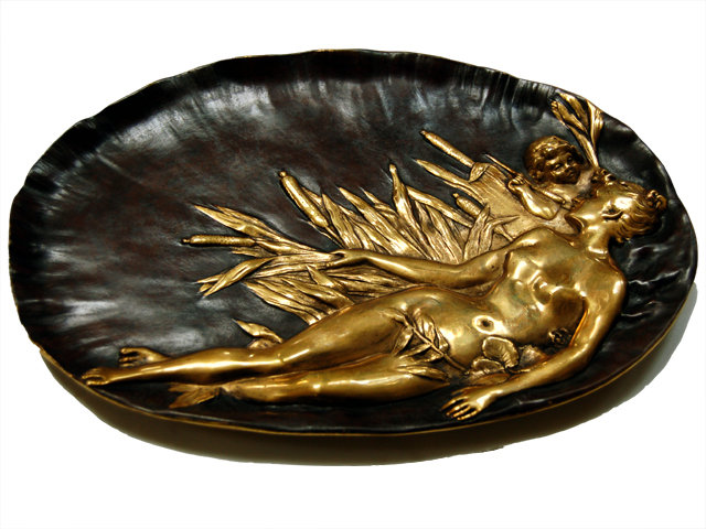 6803 Bronze Plate with Laying Lady