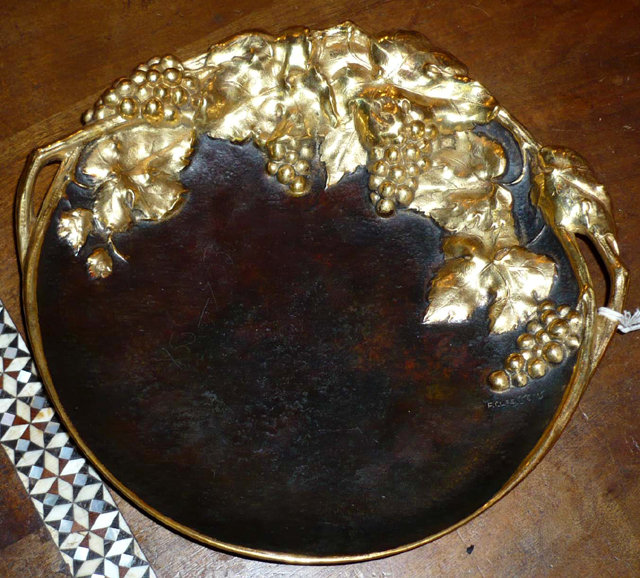 6804 Bronze Plate with Grape Vine